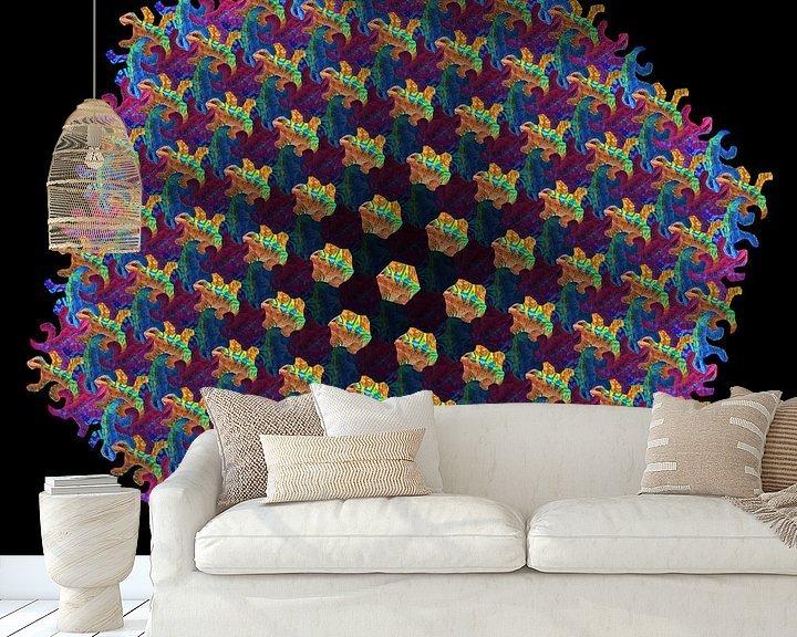 Sfeerimpressie behang: Kameleon Metamorphose IV van Tis Veugen