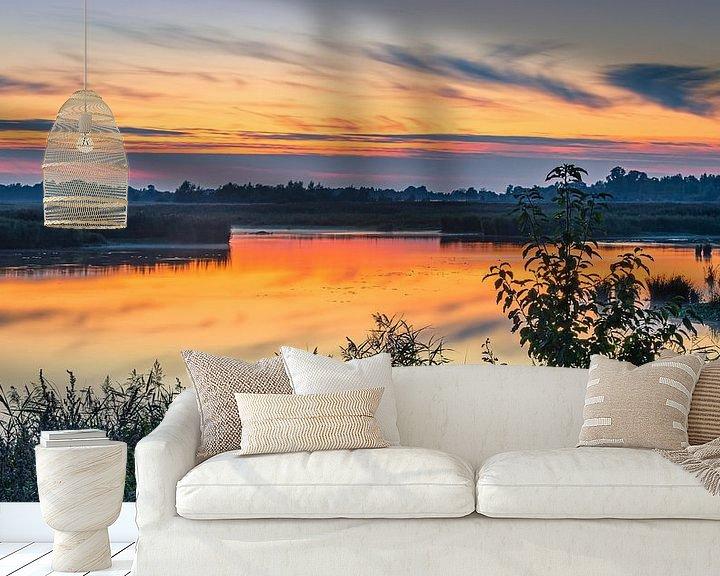 Sfeerimpressie behang: Zonsondergang in de Onlanden, Groningen van Henk Meijer Photography