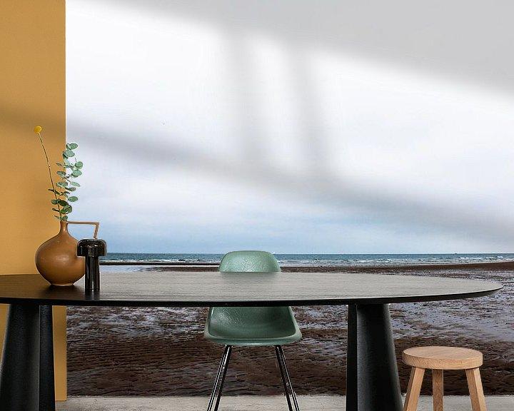 Sfeerimpressie behang: Oostkapelle strand van Bjorn Nieuwenhuis