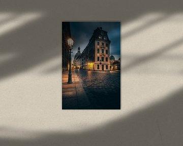 Historische straat in Dresten, verlicht in de ochtend van Fotos by Jan Wehnert