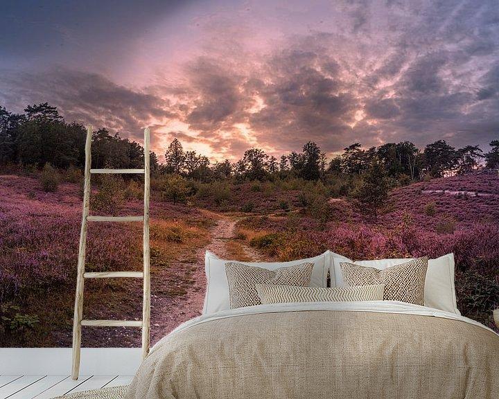 Sfeerimpressie behang: purple van Bas Handels