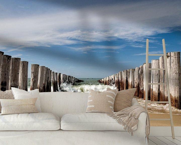 Sfeerimpressie behang: Golfbrekers op het strand van Domburg van Martijn van der Nat