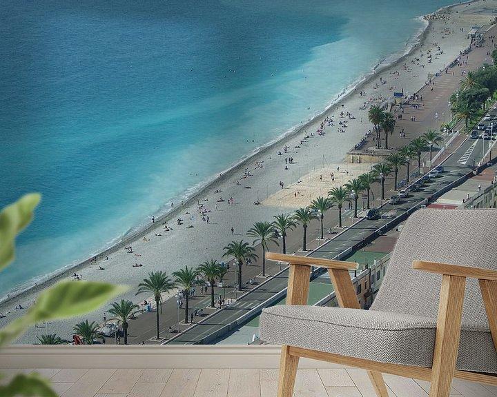 Sfeerimpressie behang: Strand van Nice in vogelvlucht van Romuald van Velde