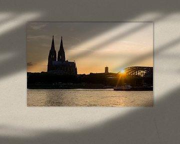 Zonsondergang bij de Kathedraal in Keulen van mitevisuals