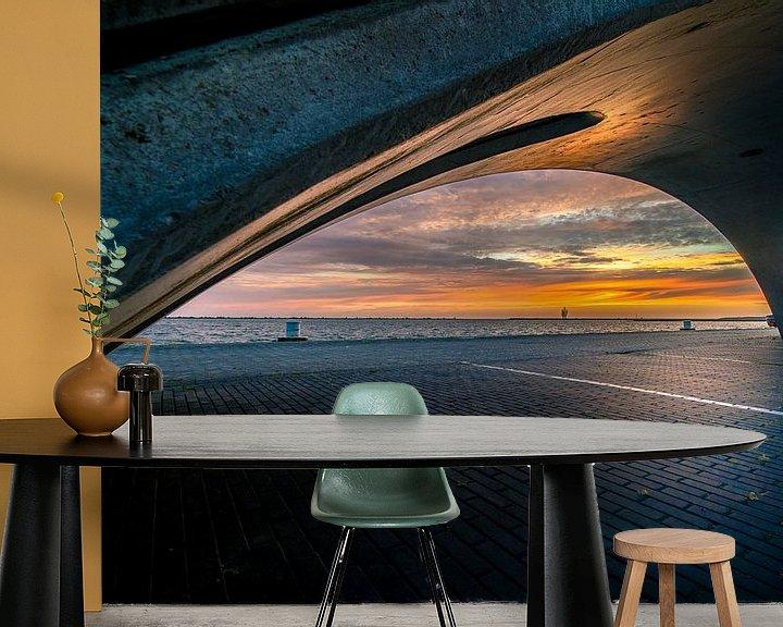 Sfeerimpressie behang: Zonsondergang vanaf de kade in Lelystad haven van Fotografiecor .nl