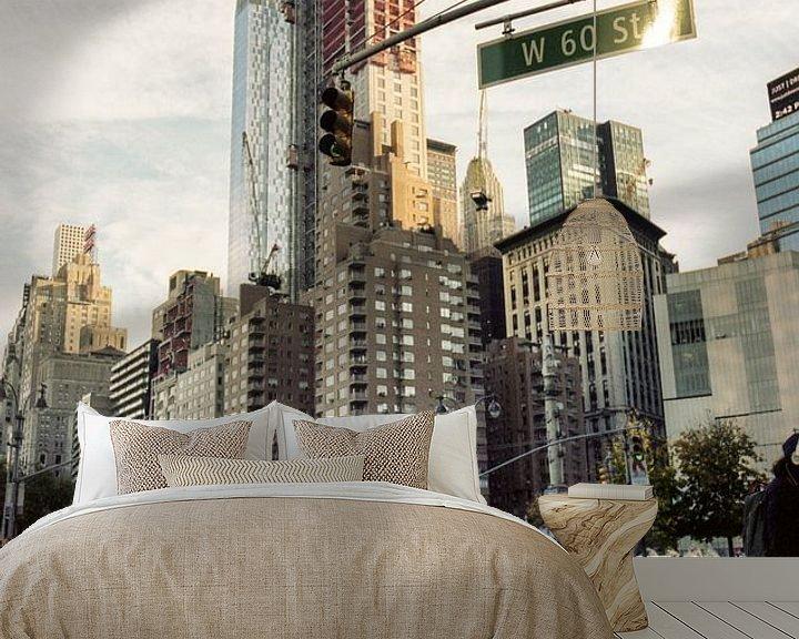 Sfeerimpressie behang: West 60th Street van Gijs Wilbers