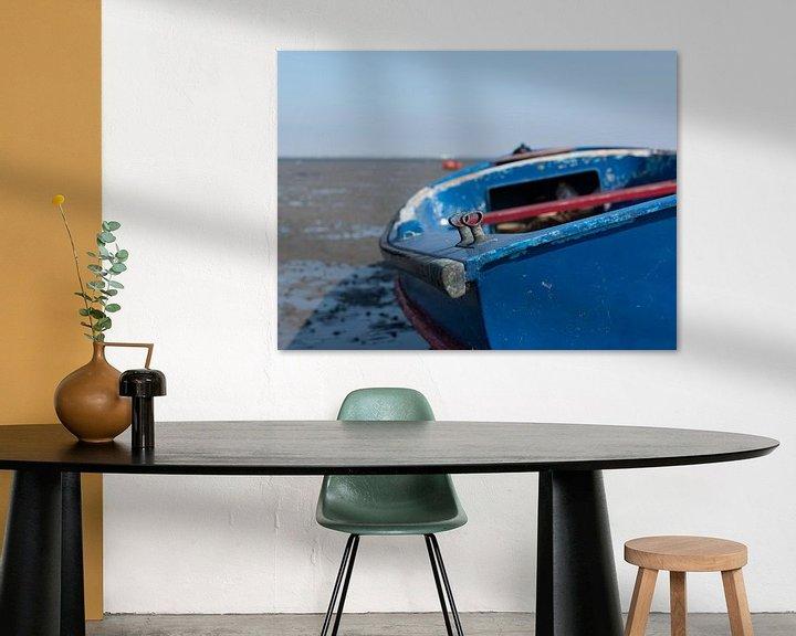 Sfeerimpressie: blauwe boot in Krabbedijke van Anita Visschers