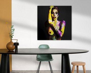 Lady Gaga Naakt Bodypaint ARTPOP Digital Art in Geel, Groen, Roze van Art By Dominic