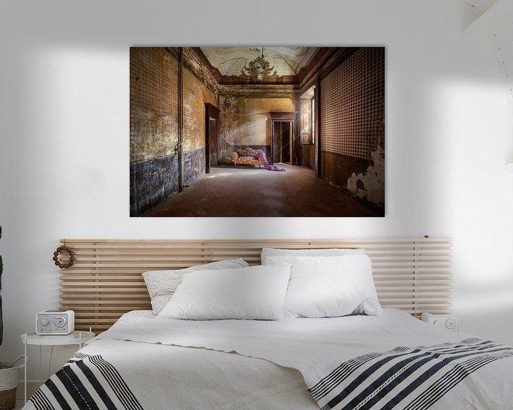 Beispiel: schönes verlassenes Sofa von Kristof Ven