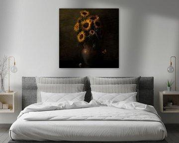 Königliches Sonnenblumenstillleben Ode an Vincent van Gogh von Sander Van Laar