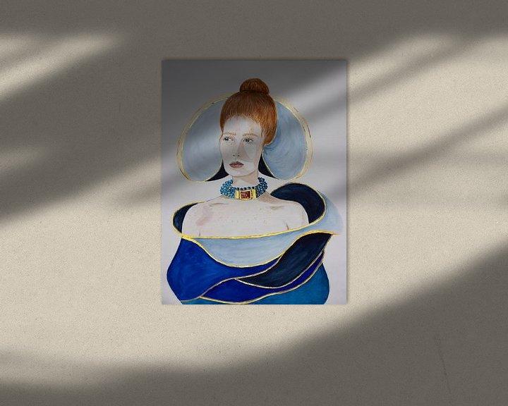 Beispiel: Frau in blauem Kleid mit goldenen Akzenten von Iris Kelly Kuntkes