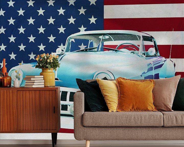 Sfeerimpressie behang: Pontiac Chieftain Hard Top 1950 met vlag van de V.S. van Jan Keteleer