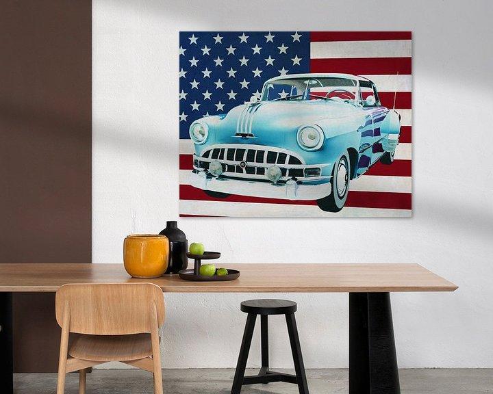 Sfeerimpressie: Pontiac Chieftain Hard Top 1950 met vlag van de V.S. van Jan Keteleer