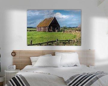 Oude houten boerenschuur met pannendak (Den Hoorn; Texel) van Bep van Pelt- Verkuil