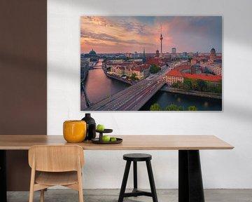 Zonsondergang in Berlijn van Henk Meijer Photography