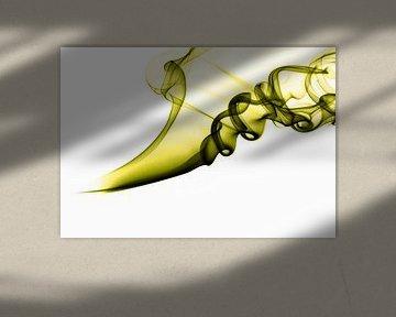 Weihrauch auf weißem Hintergrund grün von shoott photography
