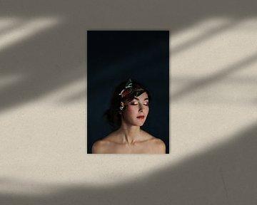 Vrouw met gesloten ogen van Iris Kelly Kuntkes