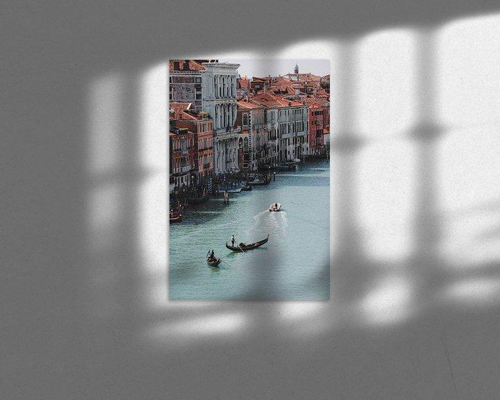 Sfeerimpressie: Gondelaars in Venetië van Pim Duteweert