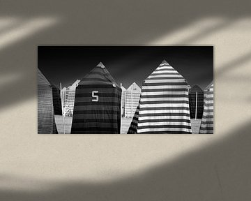 Strandtenten (zwart-wit) van Rob Blok