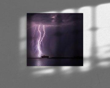 Gewitter über dem Schiff von Paul Begijn