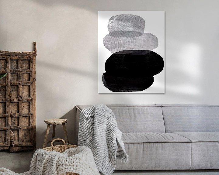 Sfeerimpressie: Abstract Black and White Pebbles van David Potter