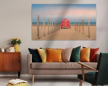 Eenzaam strandhuisje van Frans Nijland