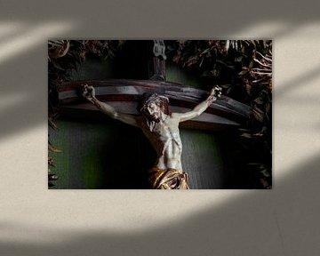 Jesus am Kreuz von Jürgen Wiesler