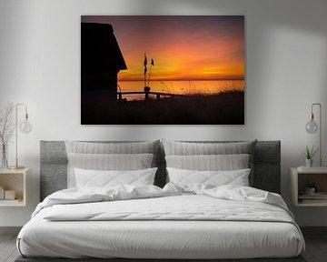 Stimmungsvoller Sonnenaufgang am Strand von Scharbeutz. von Fine Art Fotografie
