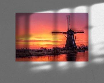Mühle bei Sonnenuntergang im Winter von Remco-Daniël Gielen Photography