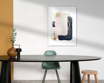 Abstrakte Aquarellformen in Blau-Rosa und Gold von Diana van Tankeren