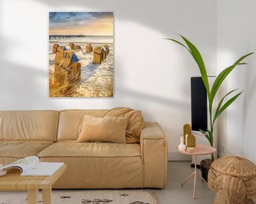 Strandstoelen aan zee in het ochtendlicht van Fine Art Fotografie