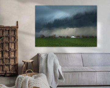 Bauernhof mit herannahendem Sturm von Paul Begijn