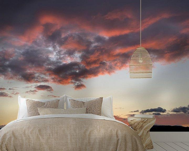 Sfeerimpressie behang: Roze wolken van Emma Van Leur