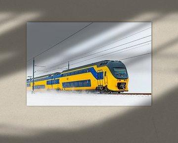 Un train interurbain qui roule dans la neige sur Sjoerd van der Wal