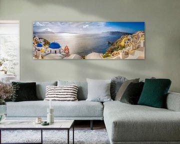 Dorp Oia op het eiland Santorini in Griekenland van Fine Art Fotografie
