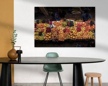 Marché des fruits sur Nizam Ergil