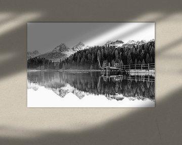 Herbststimmung am Bergsee von Markus Stauffer