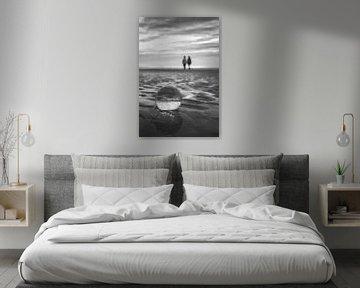 De toekomst in een glazen bol in zwart-wit van Frans Nijland
