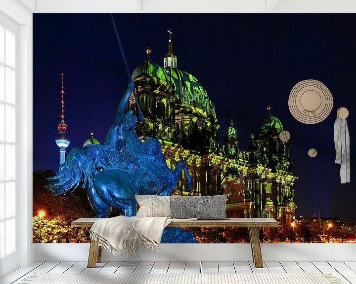 Impression: Berlin : cathédrale et tour de télévision avec une figure équestre historique sur Frank Herrmann