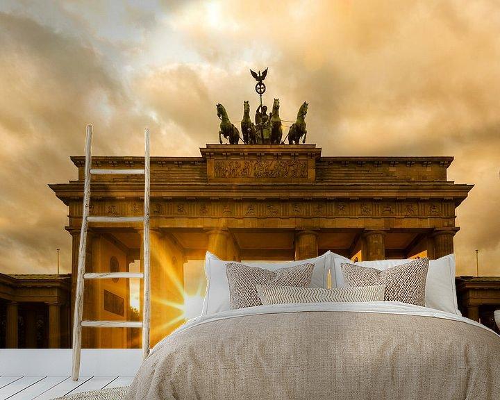 Sfeerimpressie behang: Zonsondergang bij de Brandenburger Tor van Frank Herrmann