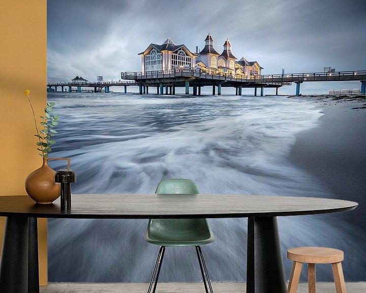 Sfeerimpressie behang: Seabridge Sellin van Florian Schmidt