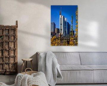 Commerzbank Tower im Frühling  in Frankfurt von Fotos by Jan Wehnert