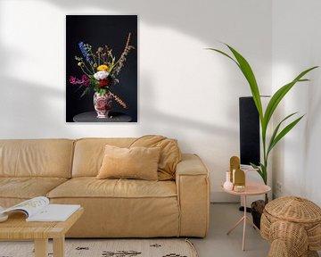 Pluk-Bouquet in roter Vase aus Delfter von Affect Fotografie