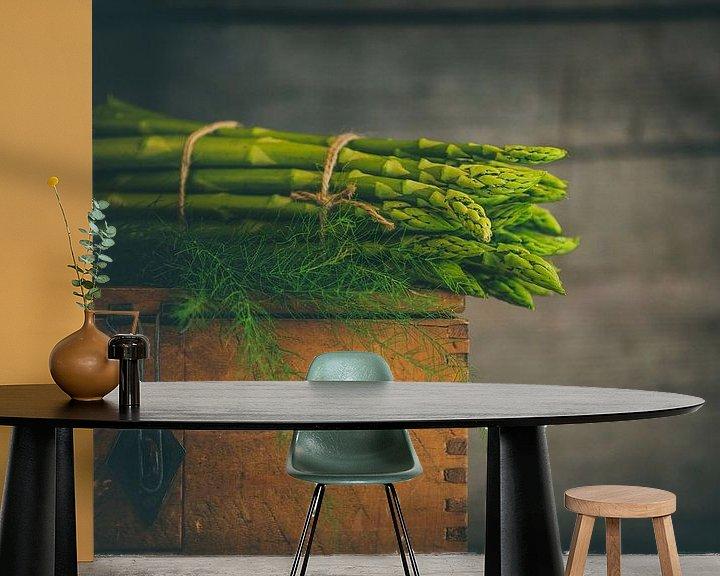 Sfeerimpressie behang: Een bosje asperges van Regina Steudte | photoGina
