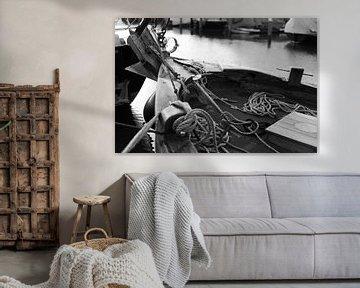 Botter im Hafen von Bunschoten-Spakenburg (schwarz-weiß) von Jerome van den Berg