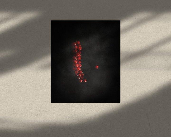 Impression: Groseilles sur le noir sur Miranda van Hulst