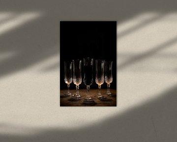 Stilleven oranje gloed en zwarte achtergrond van Steven Dijkshoorn