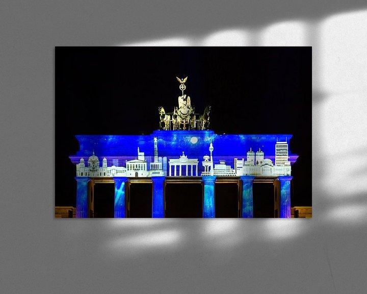 Sfeerimpressie: Brandenburger Tor met projectie van de Berlijnse skyline van Frank Herrmann