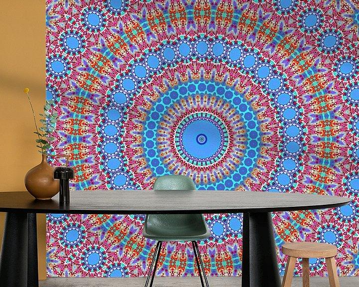 Sfeerimpressie behang: Retro Rozetta 3 (Retro patronen in blauw) van Caroline Lichthart