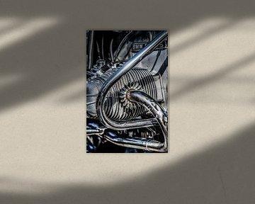 Close-Up van een moterblok van een goed gepoetste BMW moter van Harrie Muis